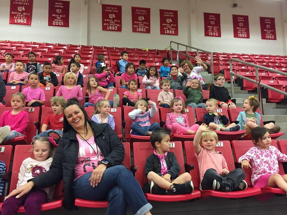 Lamar students at High School Pink out Pep Rally