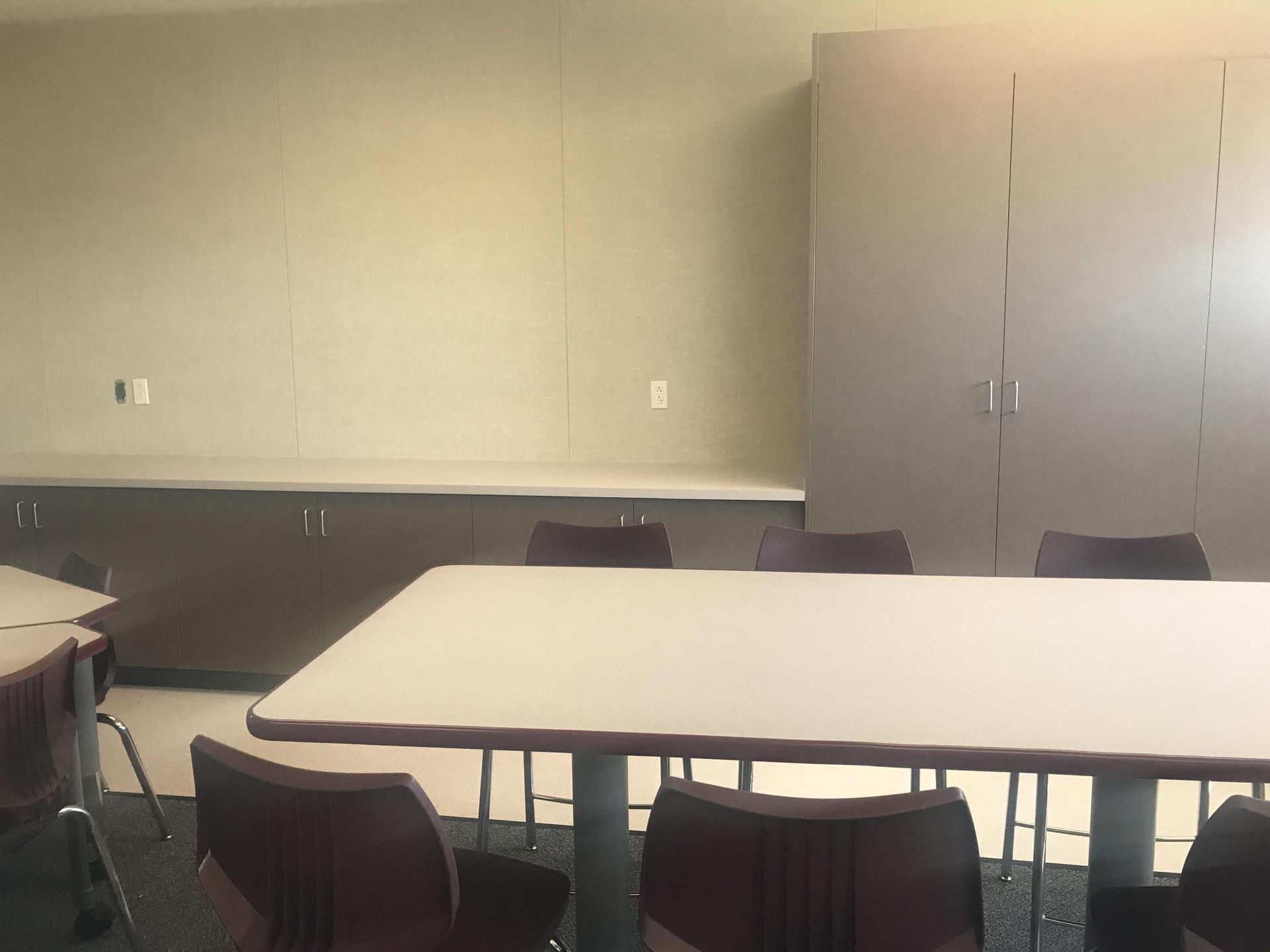 More Student Desk