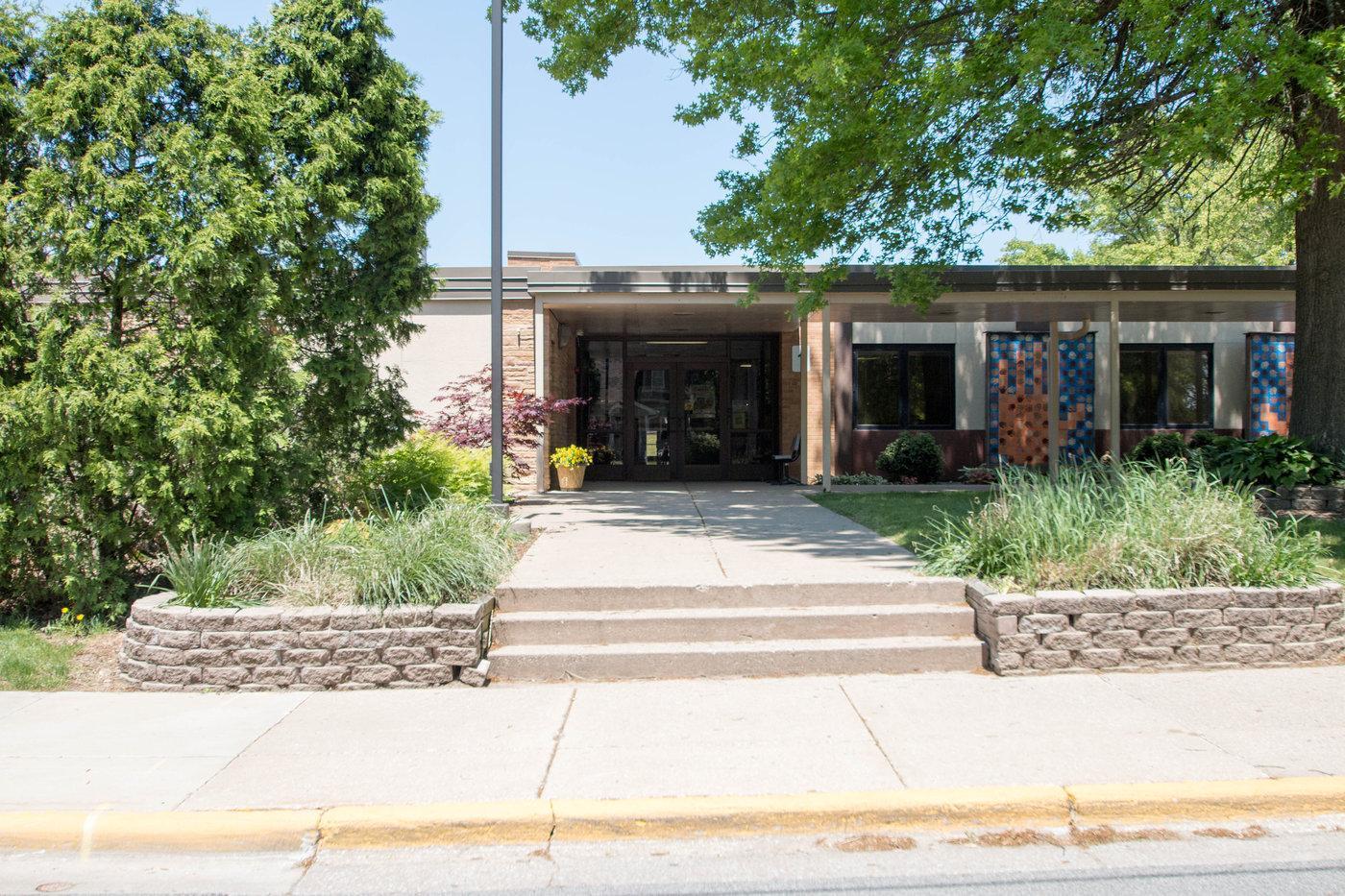 Memorial Elementary School