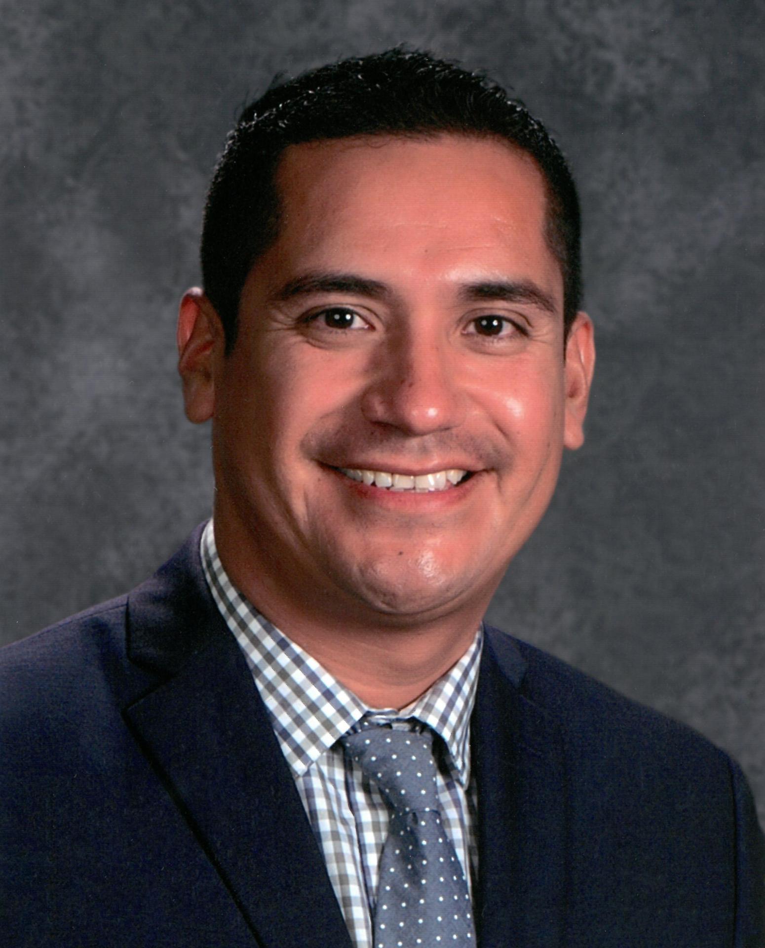 Roy Lopez, Jr