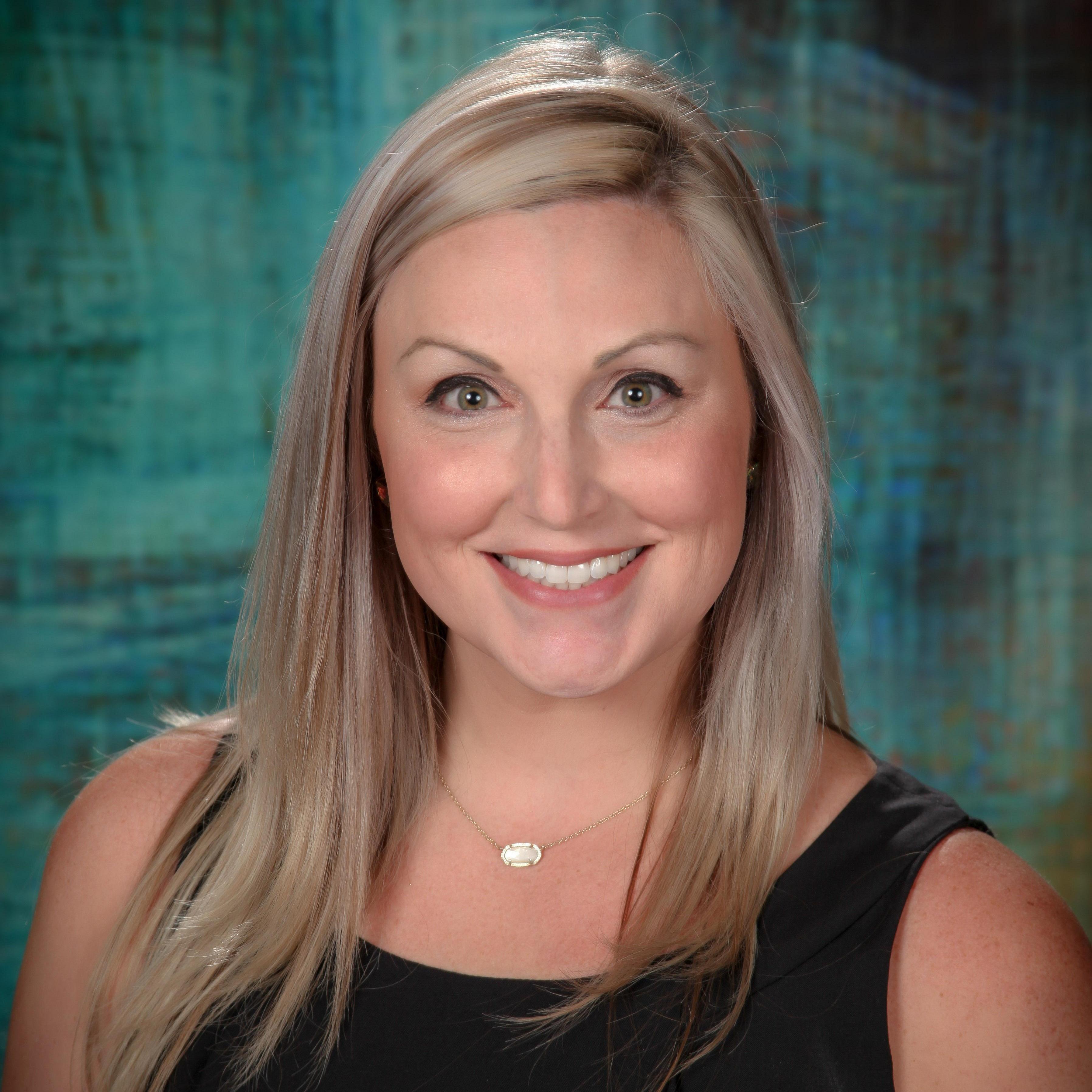 Elizabeth Hawkins's Profile Photo