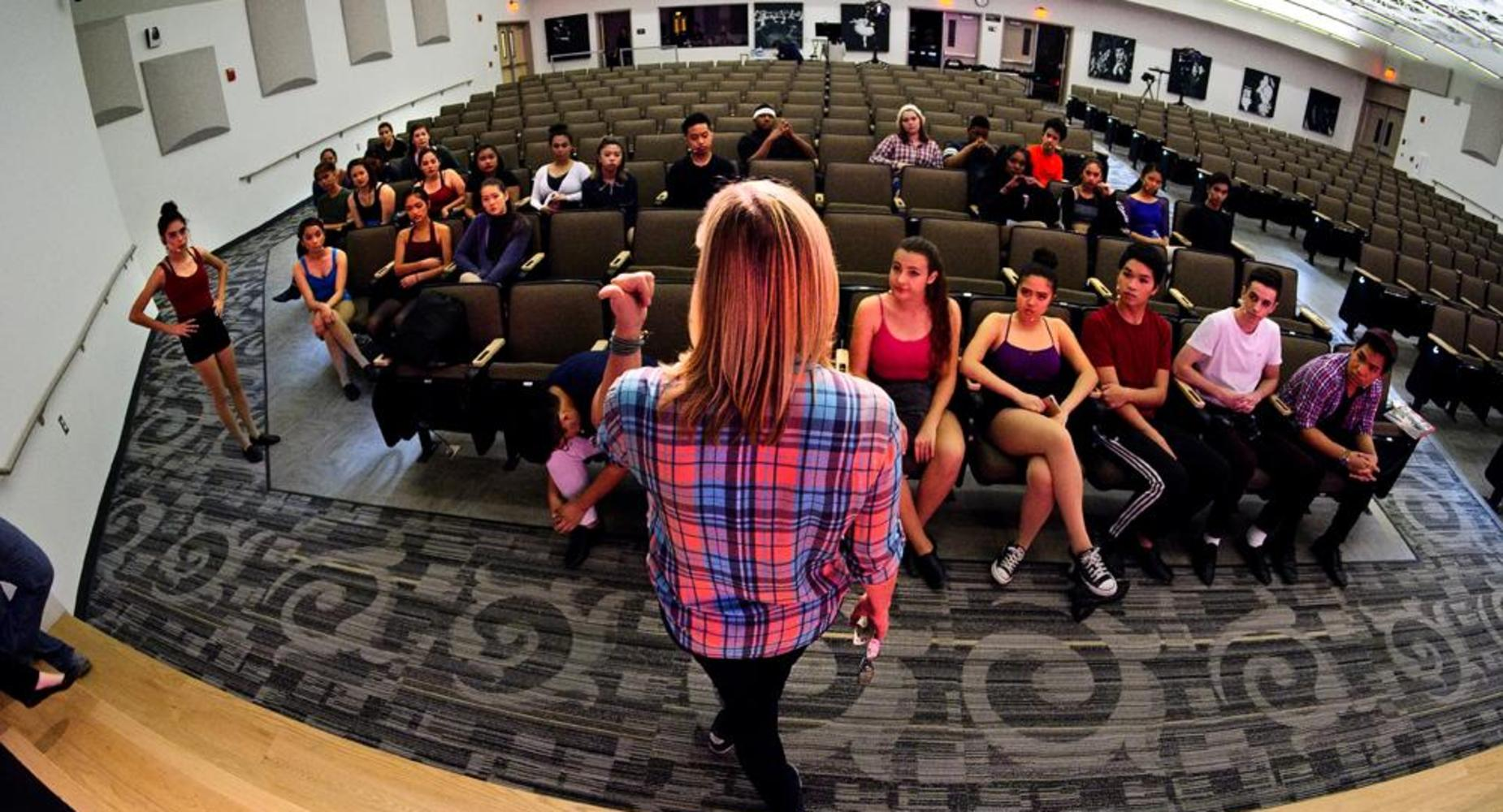 student orientation before performance