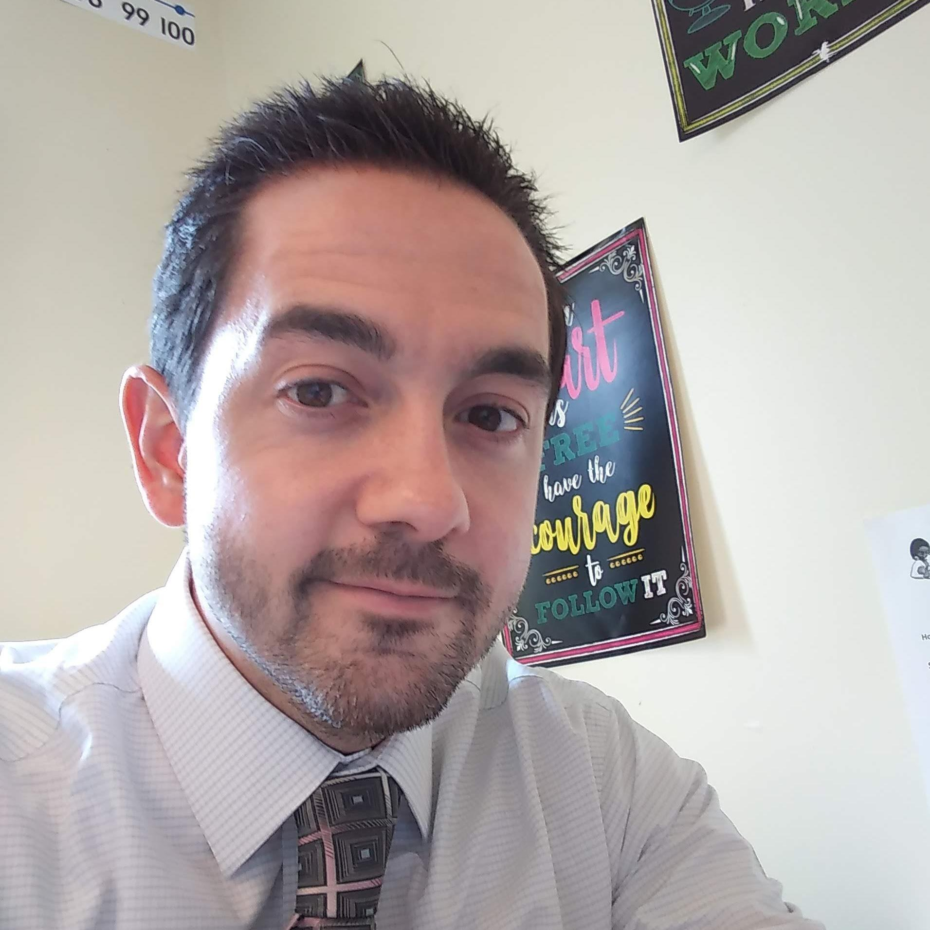 Thomas Coll's Profile Photo
