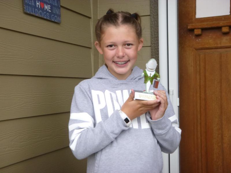 Kaymyn with her Shark Award