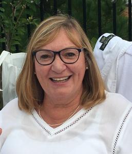 Dr. Linda Hobbs