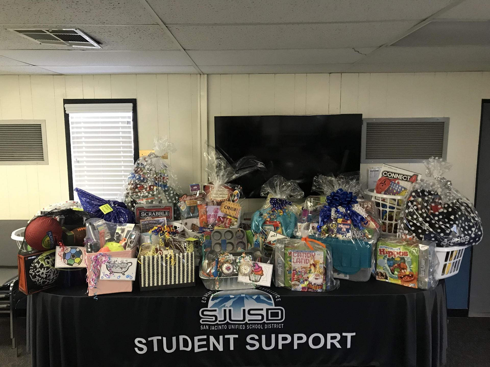 Gift Baskets Foster Youth