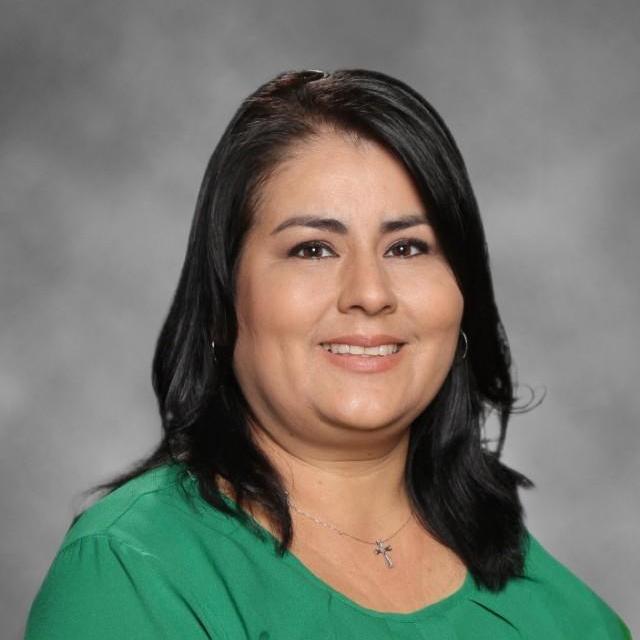 Karina Reyes's Profile Photo