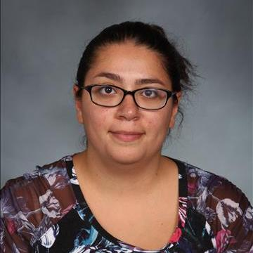 Elizabeth Unzueta's Profile Photo
