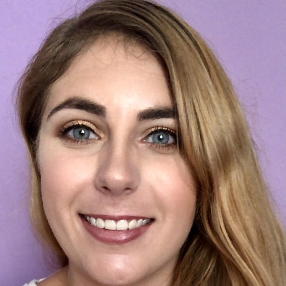 Elizabeth Szalay's Profile Photo