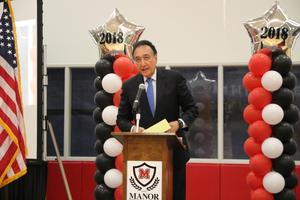 Henry Cisneros giving keynote address at convocation
