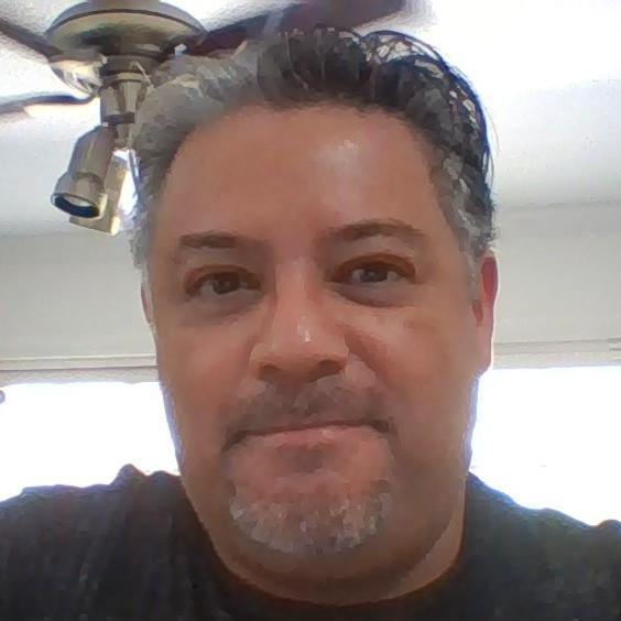 Oscar Robledo's Profile Photo