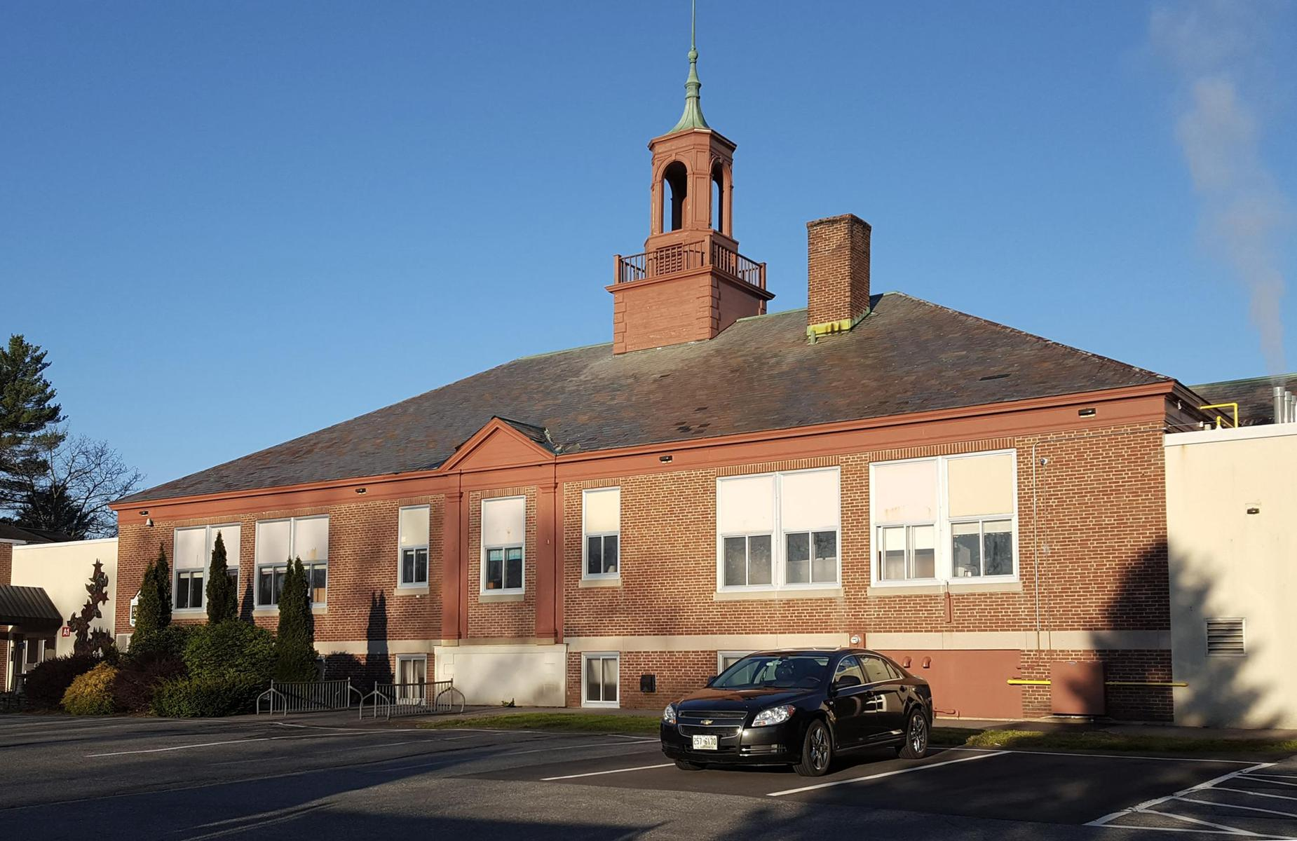 Fuller School