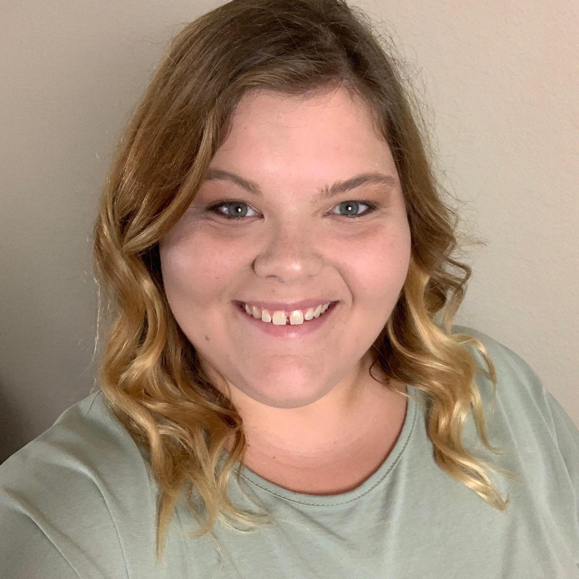 Chloe Davis's Profile Photo