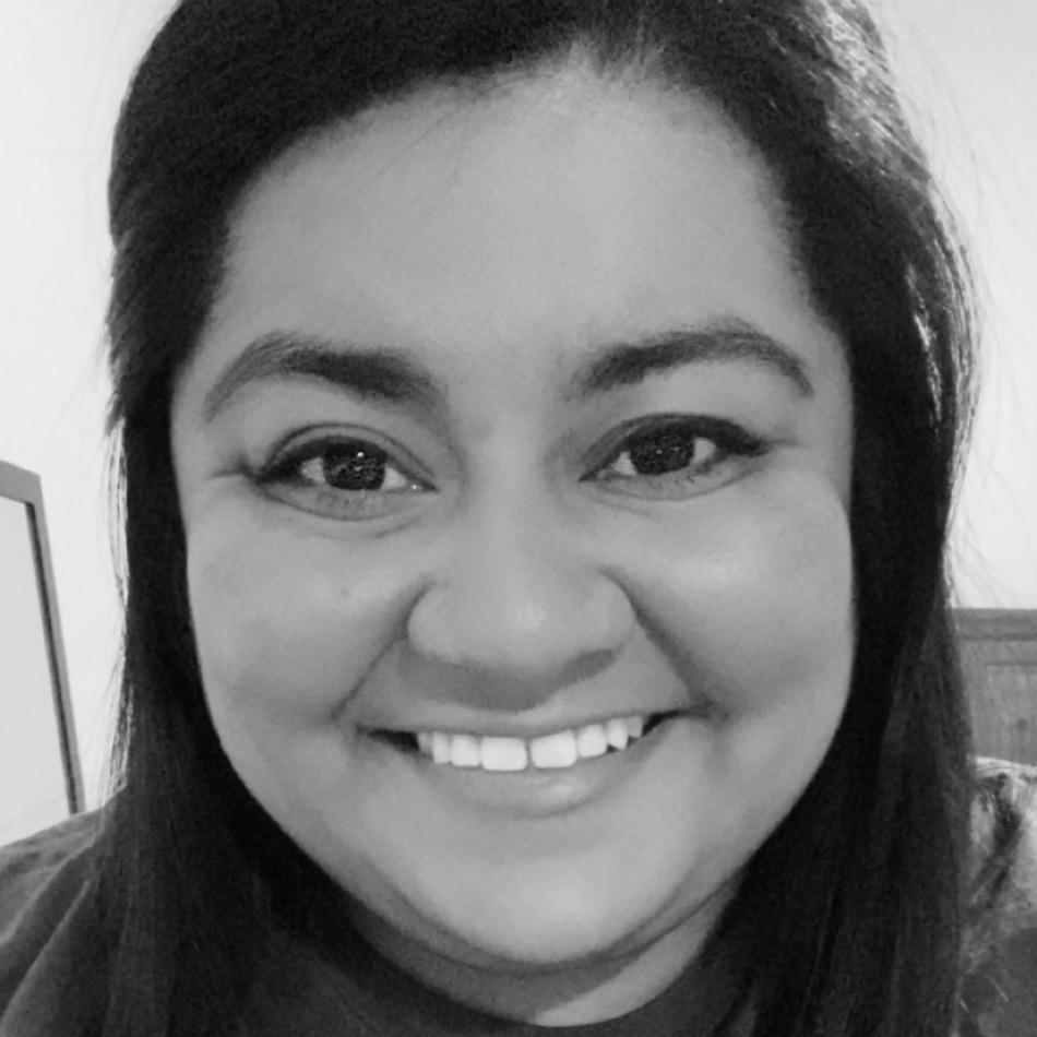 CHRISTINA NAVARRETE's Profile Photo