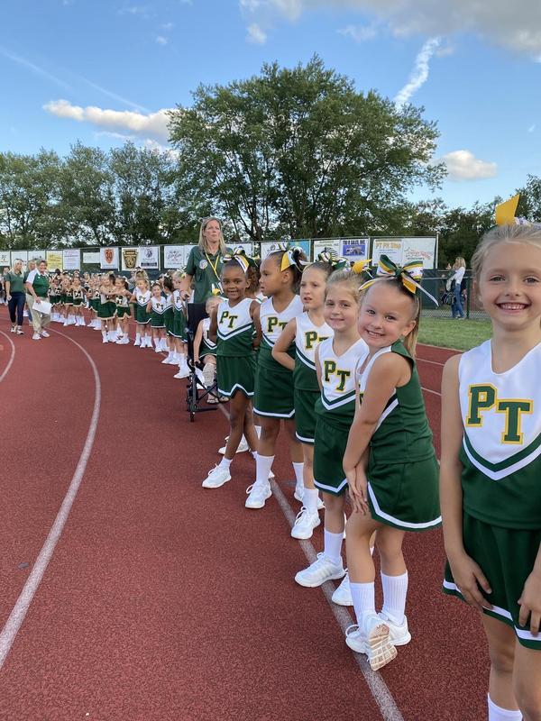 midget cheerleaders