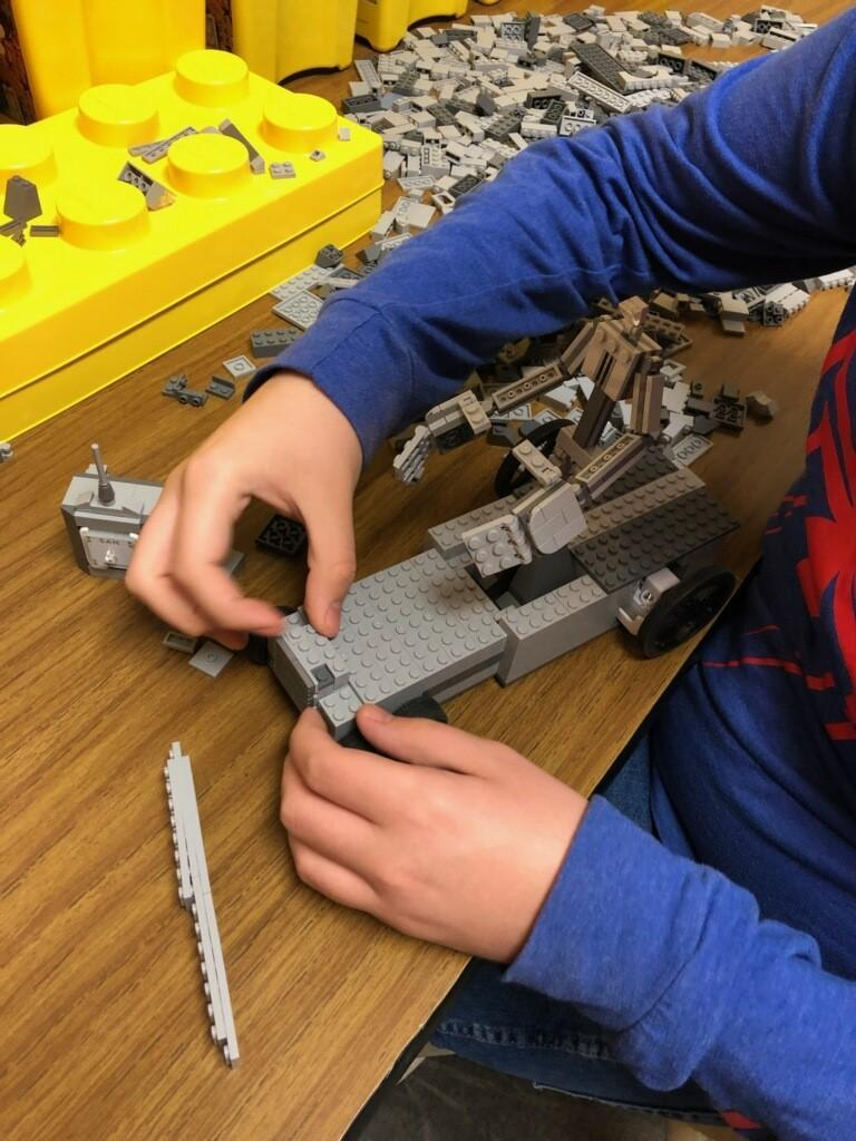 Ridgeview High School STEM Class Parters with Special Education Students to Build Lego Cars