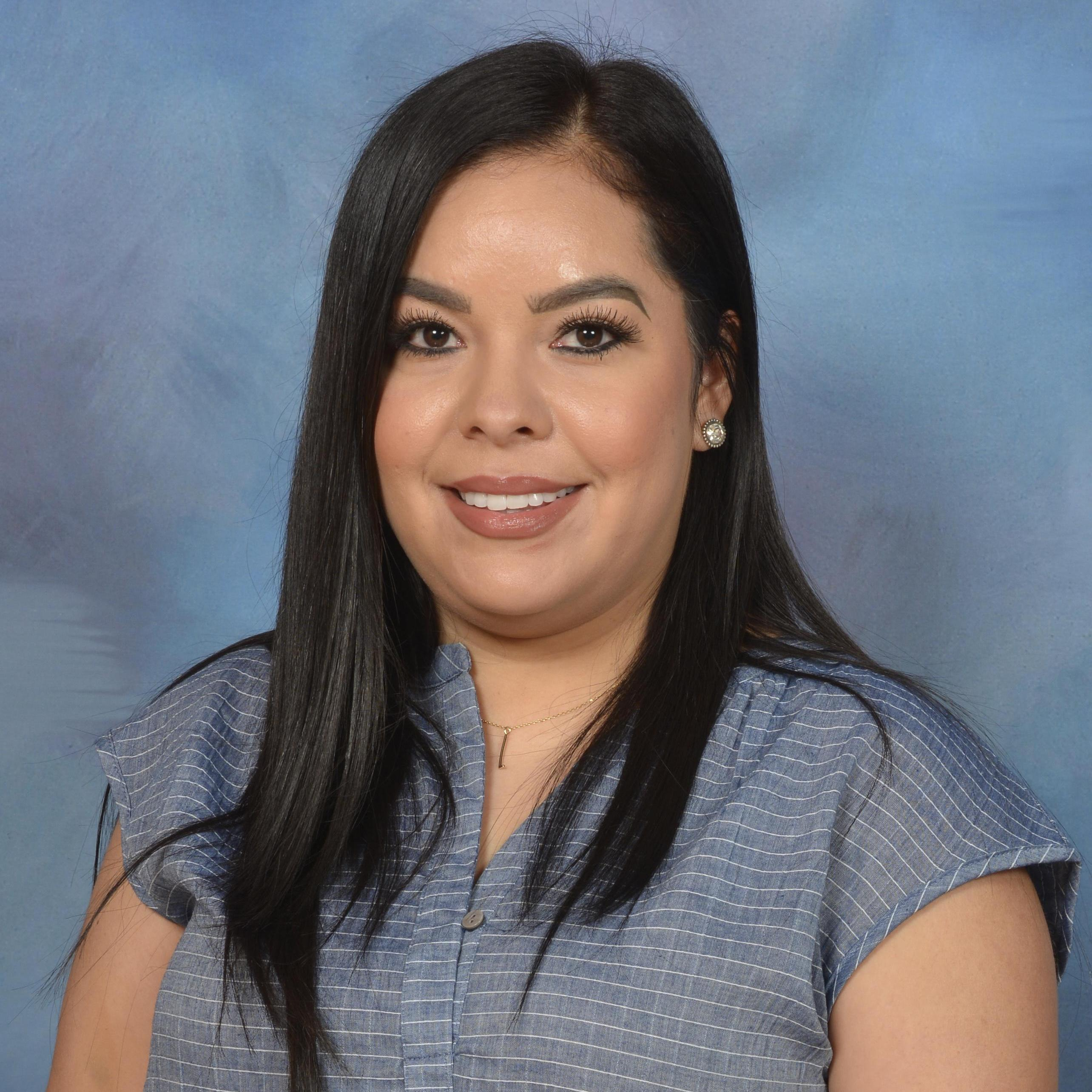 Leslie Meza's Profile Photo