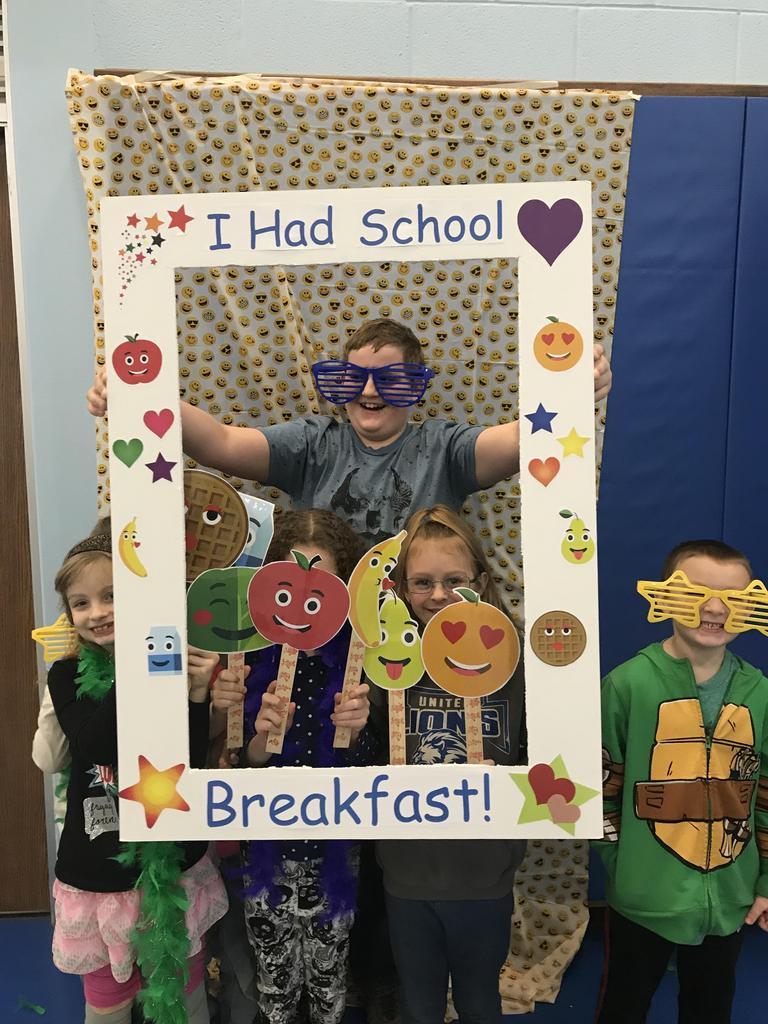 I had school breakfast - bunch of kids