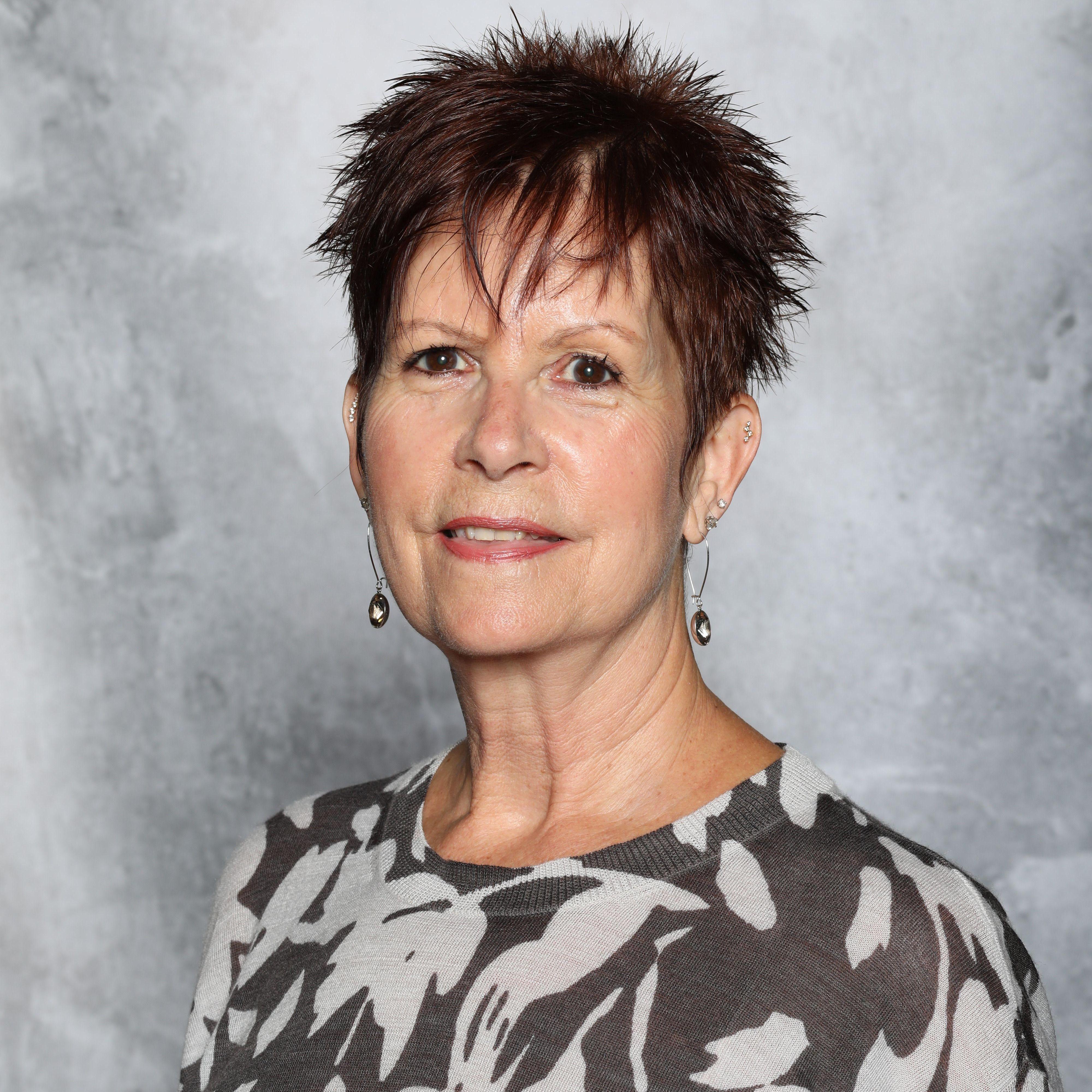 Ellen Devine's Profile Photo