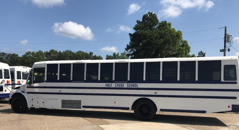 Holy Cross Unveils New Bus Fleet for 2019-2020 Featured Photo