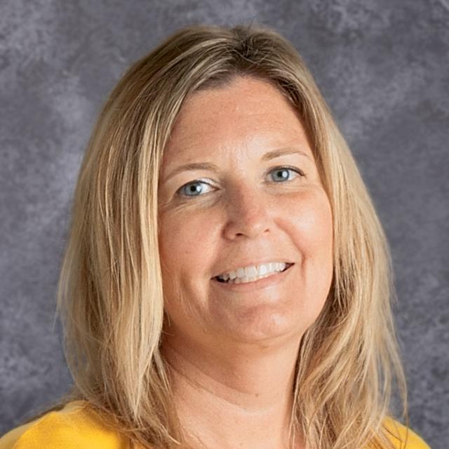 Ellen Bruccoliere's Profile Photo