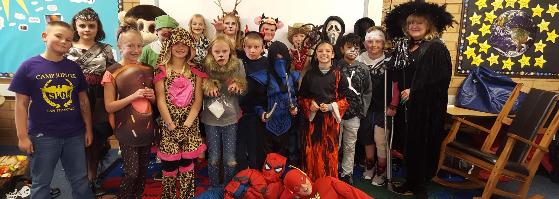 Mrs. Holt's Fabulous Fifth Grade Halloween edition!