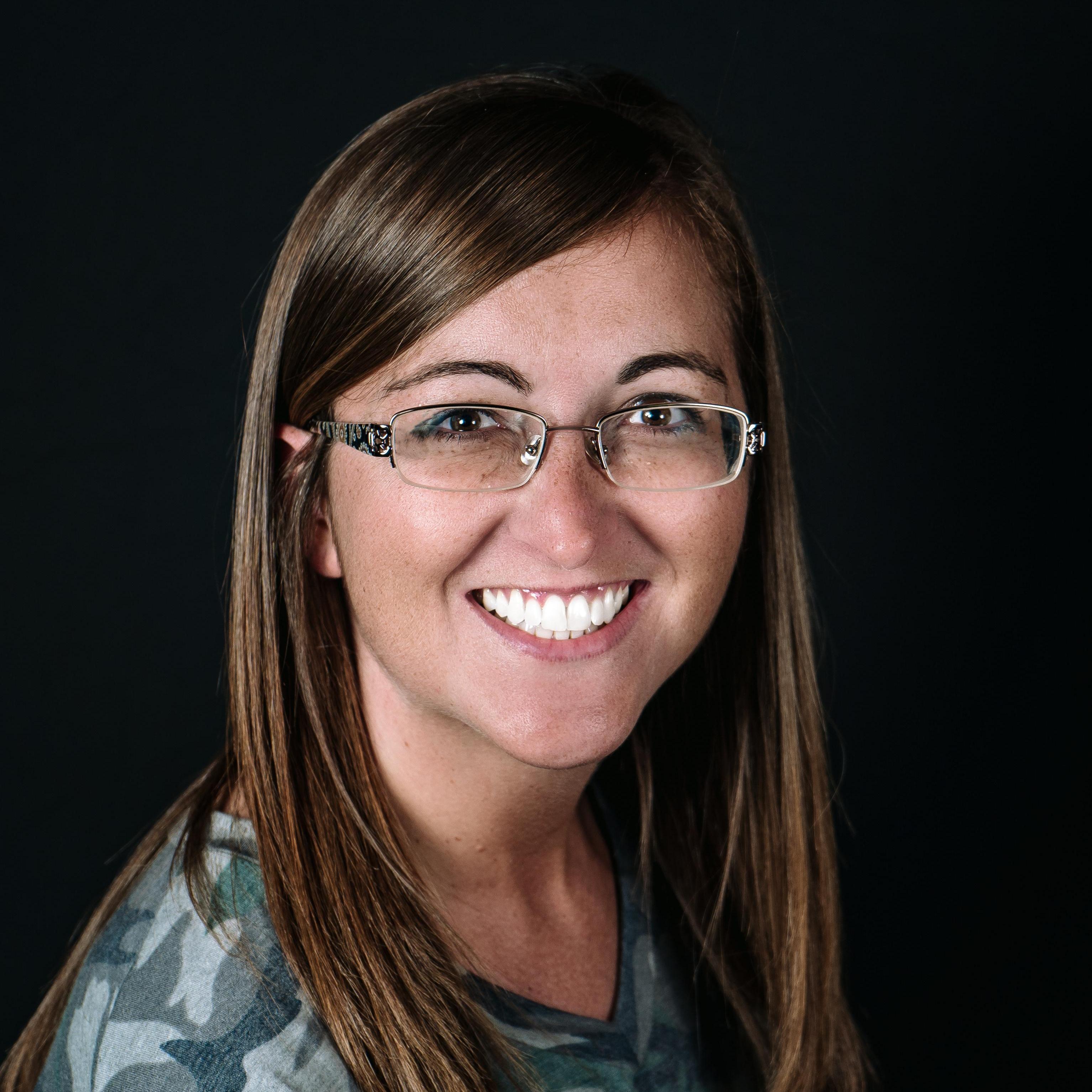 Elizabeth Whiting's Profile Photo