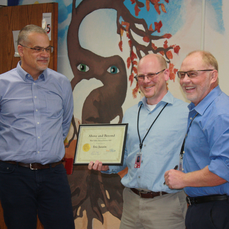 Eric Jurasin accepting his award