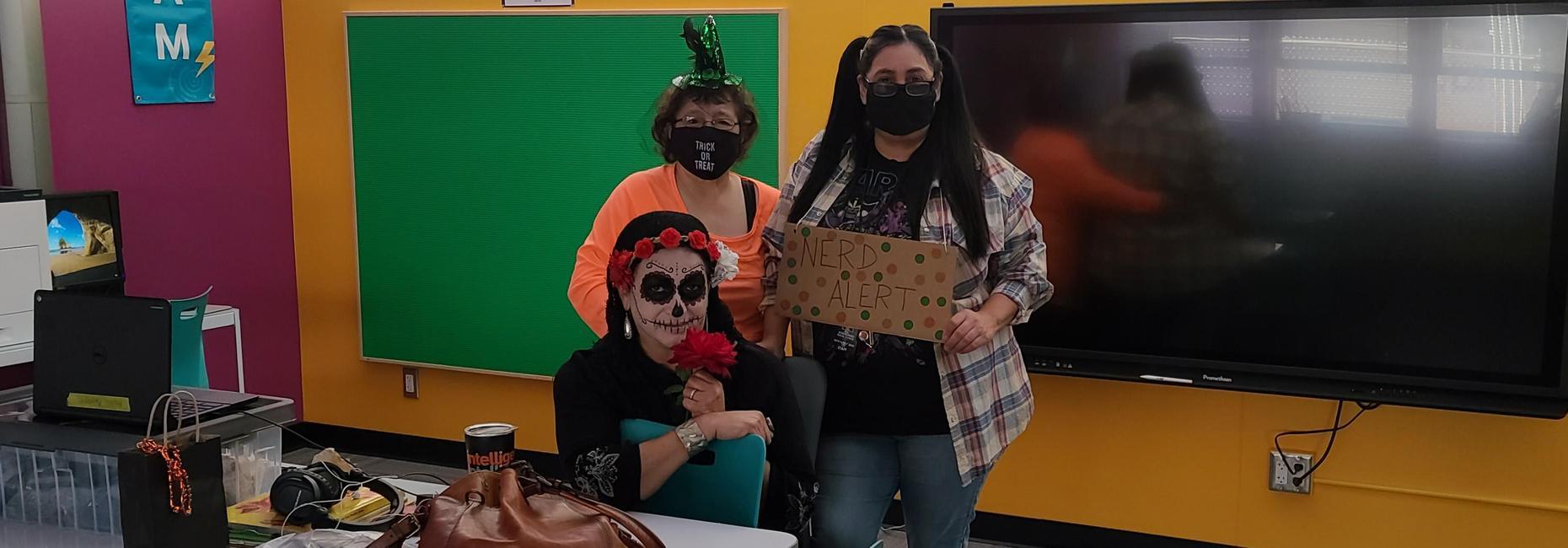 Nerd, Pumpkin and Dia de los Muertos  Scare DRUGS AWAY!!!