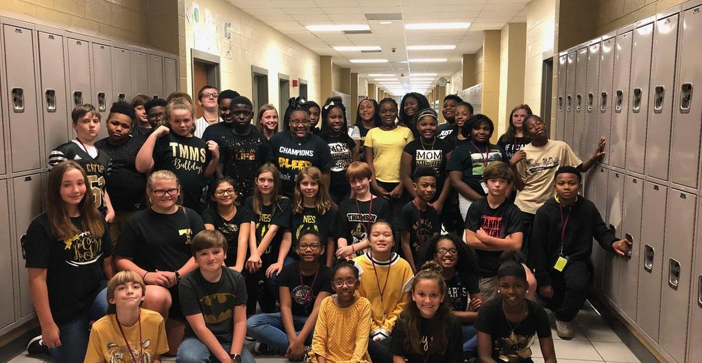 Extreme Black and Gold Spirit Day!