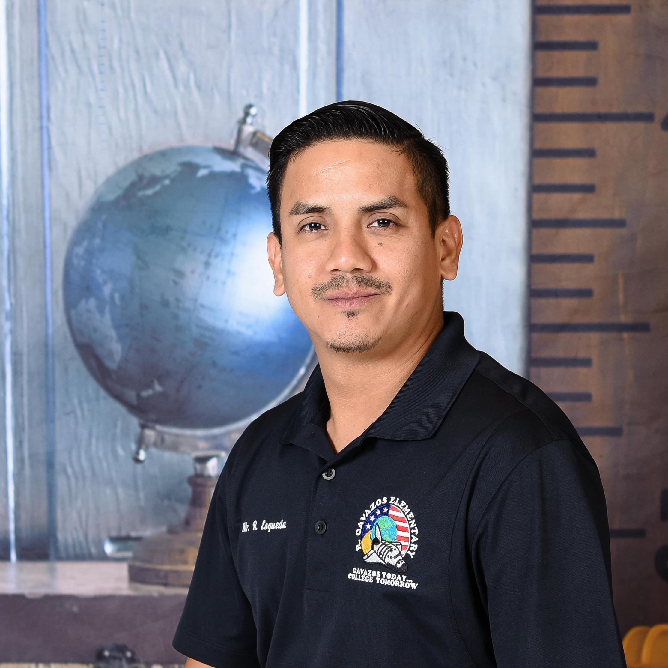 Ricardo Esqueda Medina's Profile Photo