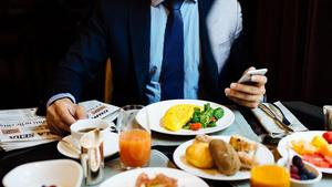Business-Breakfast-Excelsior-Hotel-Gallia-Milan.jpg