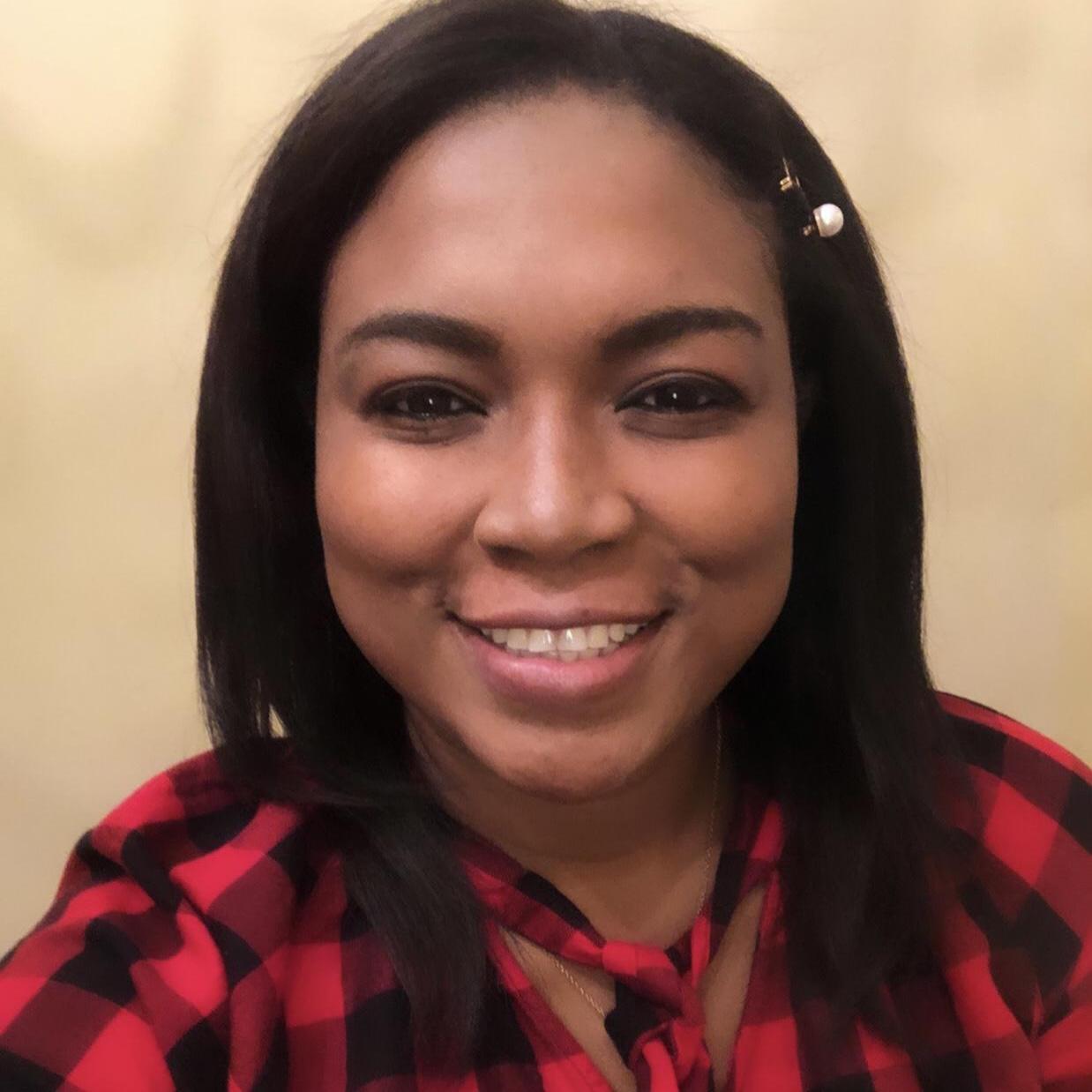 Cessy Flores's Profile Photo