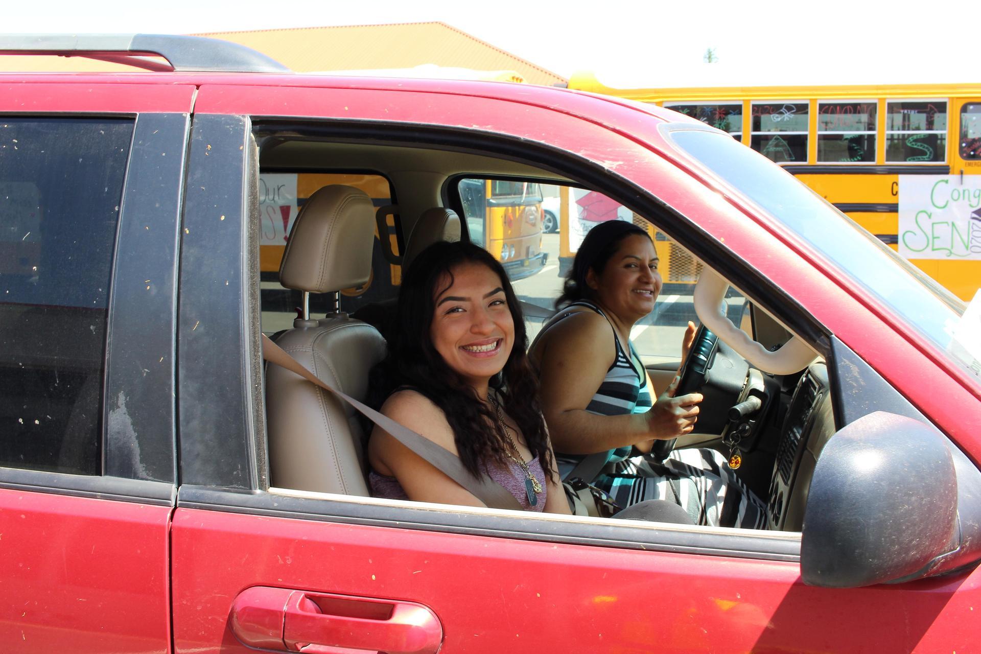 Hizela Vasquez riding through