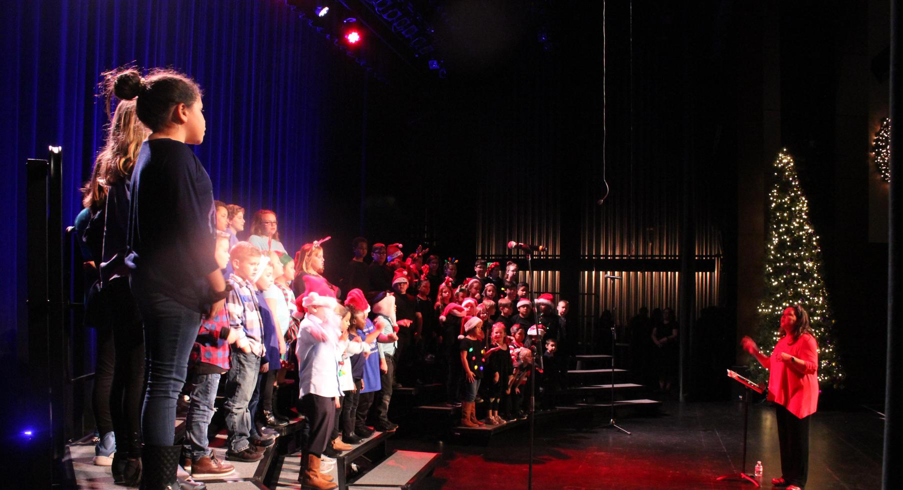 Blue House singing their song.