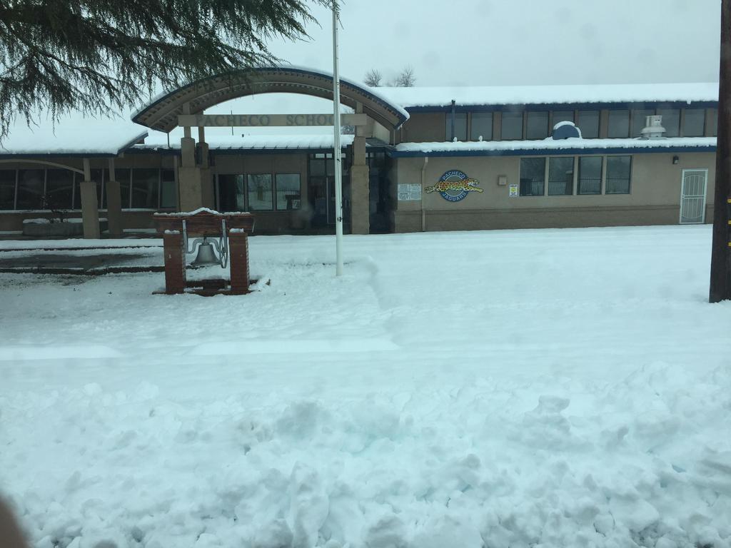 Snow Feb.13-15 Pacheco School (Day 1)