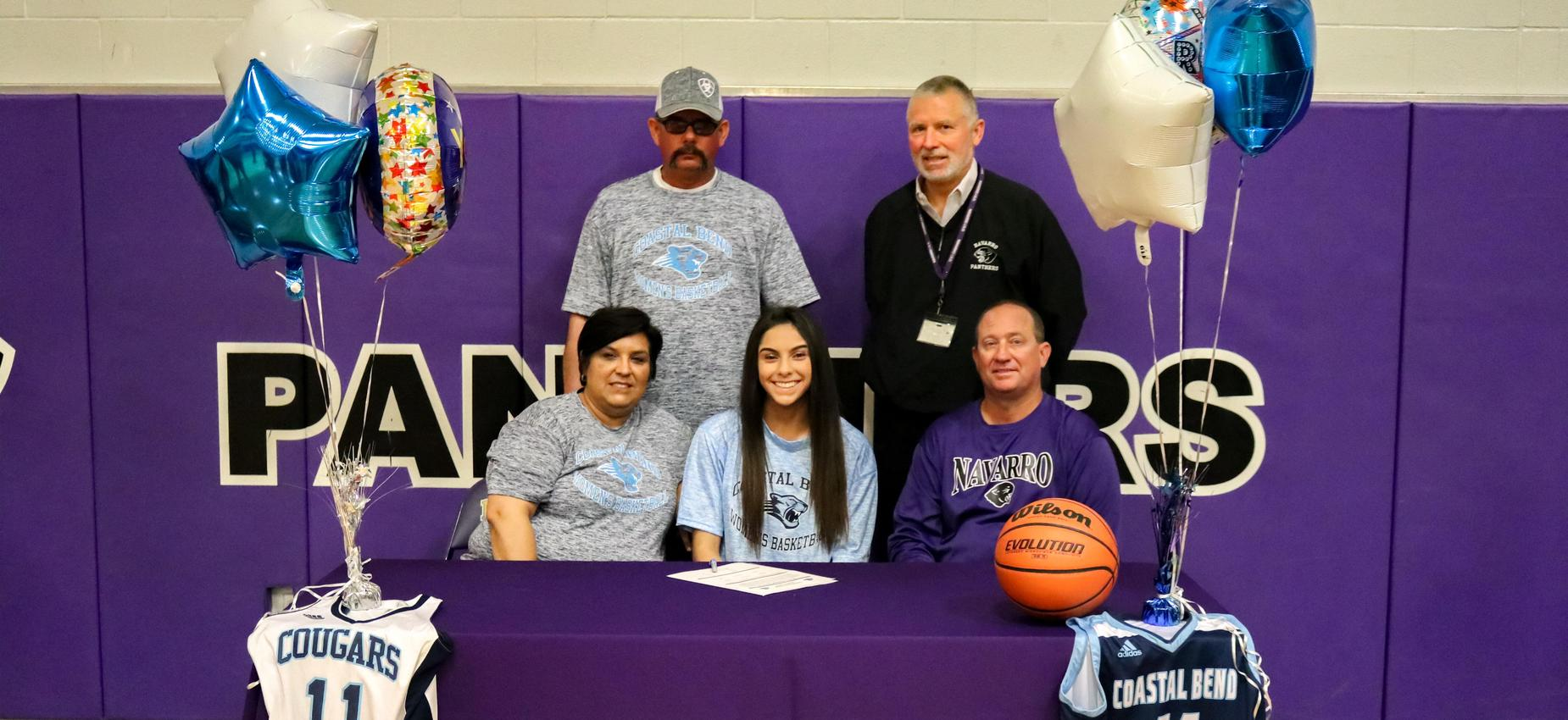 Student signing college intent