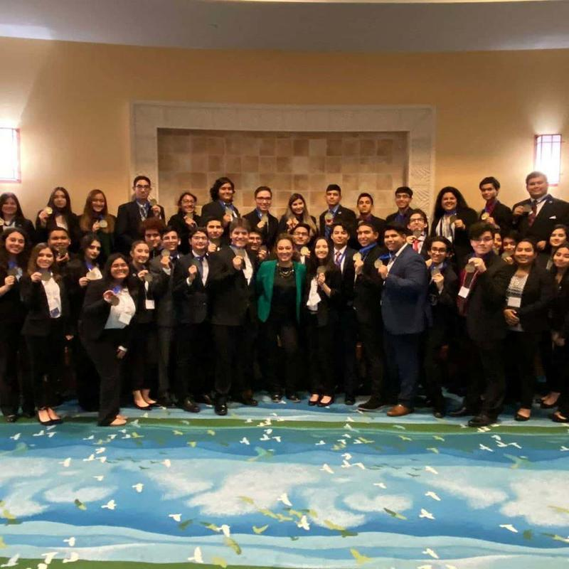 Vanguard Rembrandt and Mozart DECA Students Advance to State! Featured Photo