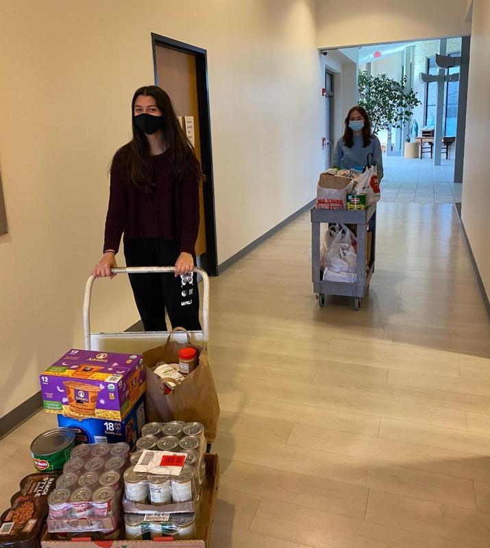 High School to organize food drive in support of Casa de Esperanza Featured Photo