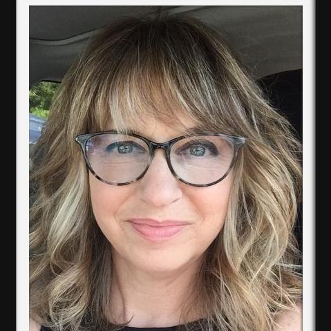 Dina Holland's Profile Photo
