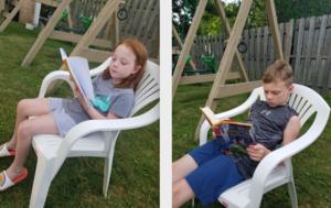 two children reading