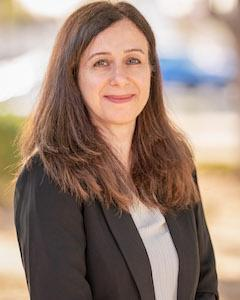 Director, Armineh Eyvazi