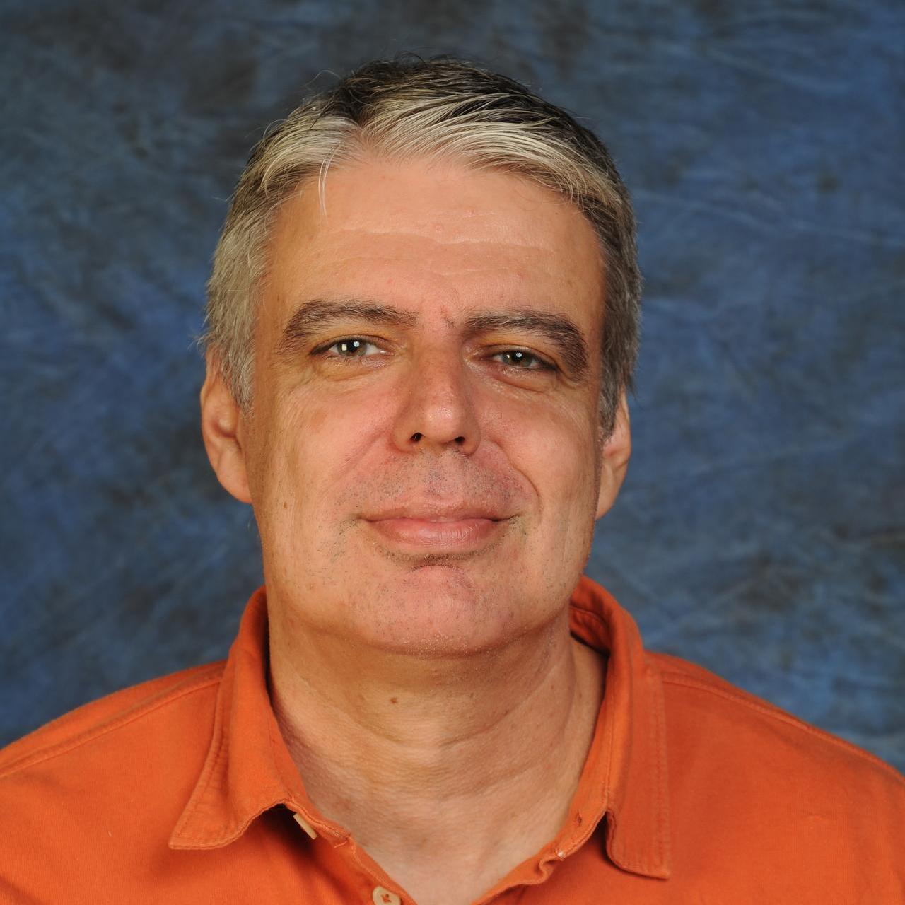 Oscar Salazar's Profile Photo