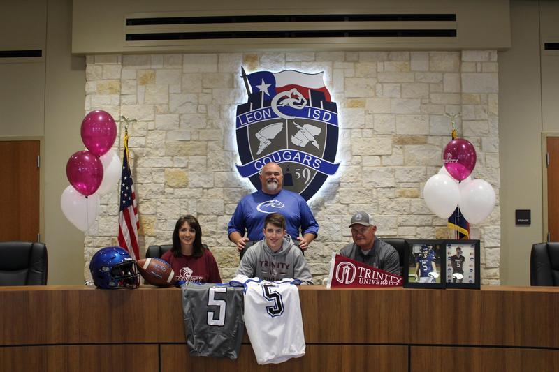Tyson Cornett signs with Trinity University to play football Featured Photo