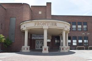 A picture of the front entrance at Frontier Middle School
