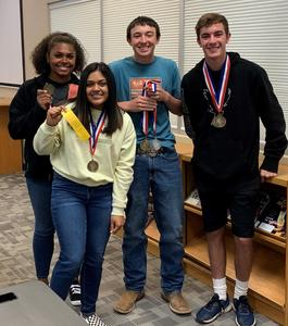 UIL Current Issues & Events 1st place team.jpg