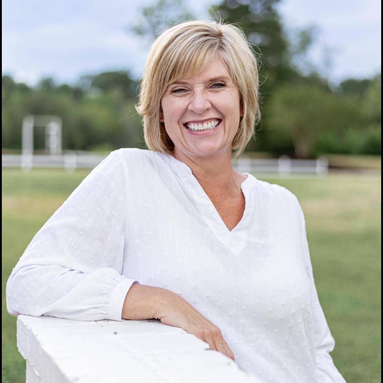 Lara Van Gundy's Profile Photo