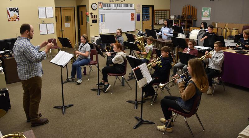 Junior High Band class