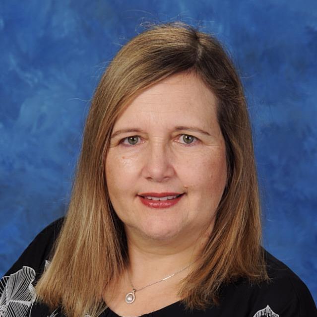 Helena Oliveira's Profile Photo
