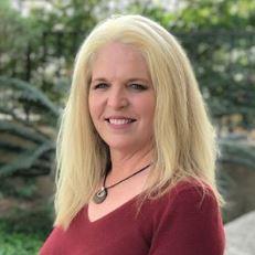 Laurie Schmidt-Staples's Profile Photo